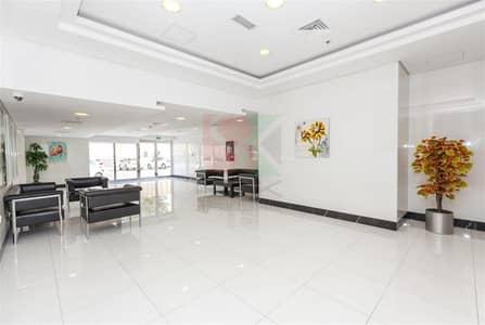فلیٹ 2 غرفة نوم للايجار في الصفوح، دبي - Spacious 2BHK for Rent in Al Sufouh at 74K Only
