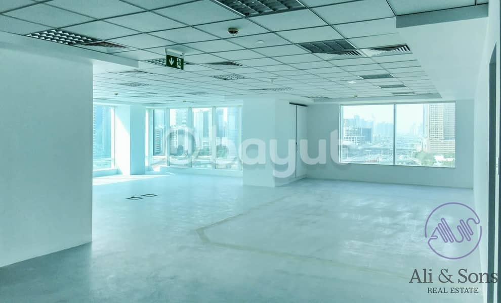 Fully fitted office with free one month period direct from owner