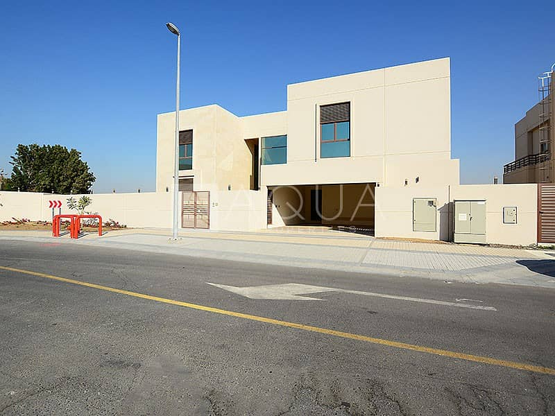10 Modern 5 Bed Villa in Meydan | Vacant