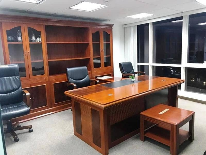 2 Classy Fitted Office + Furniture for reasonable Price