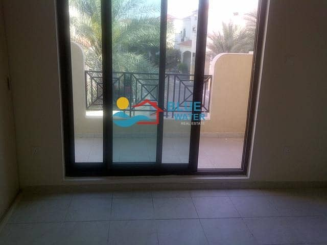 12 0% Commission Spacious 4 M/BR Villa With Facilities.