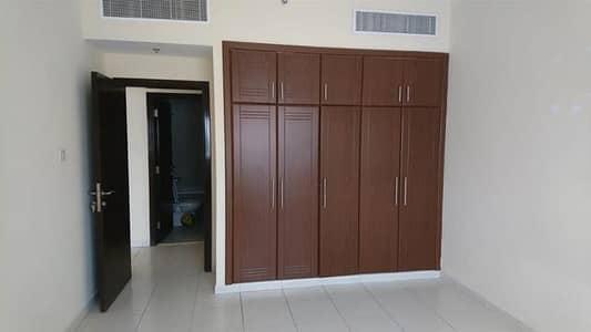 شقة 2 غرفة نوم للايجار في محيصنة، دبي - شقة في محيصنة 4 محيصنة 2 غرف 43000 درهم - 4436194
