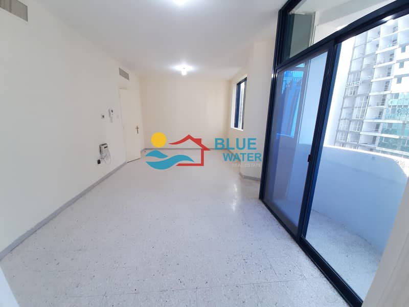 2 No Commission! 3 BR With Balcony on Khalifa Street.
