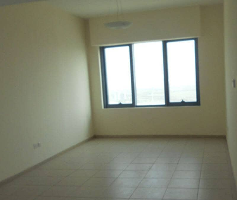 Well Maintained 2 Bedroom| Pool View|Vacant| Palace Tower 2
