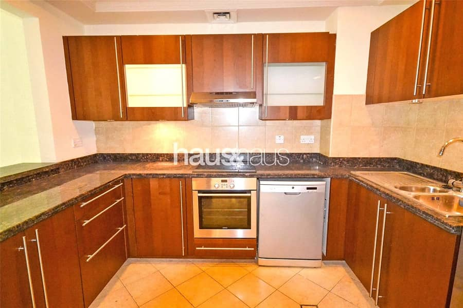 2 New listing | With appliances | Multiple cheques