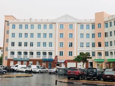 مکتب  للايجار في المدينة العالمية، دبي - مکتب في الحي البريطاني المدينة العالمية 40000 درهم - 4437016