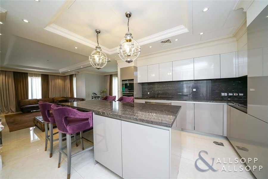 2 Fully Upgraded    4 Bedroom   Backing Park