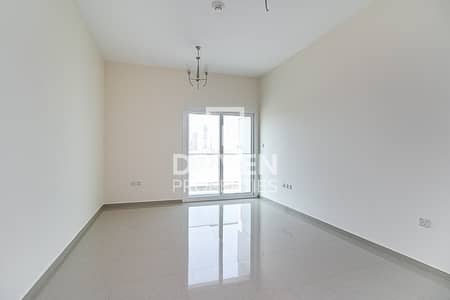استوديو  للايجار في مدينة دبي الرياضية، دبي - Unique Studio Apartment | Prime Location