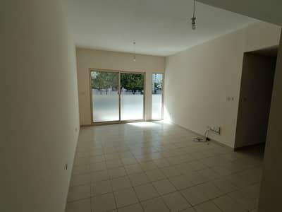 2 Bedroom Apartment for Rent in The Greens, Dubai - CHILLER FREE 2 BED IN AL DHAFRAH 1 GREENS WITH KITCHEN APP ONLY 80K