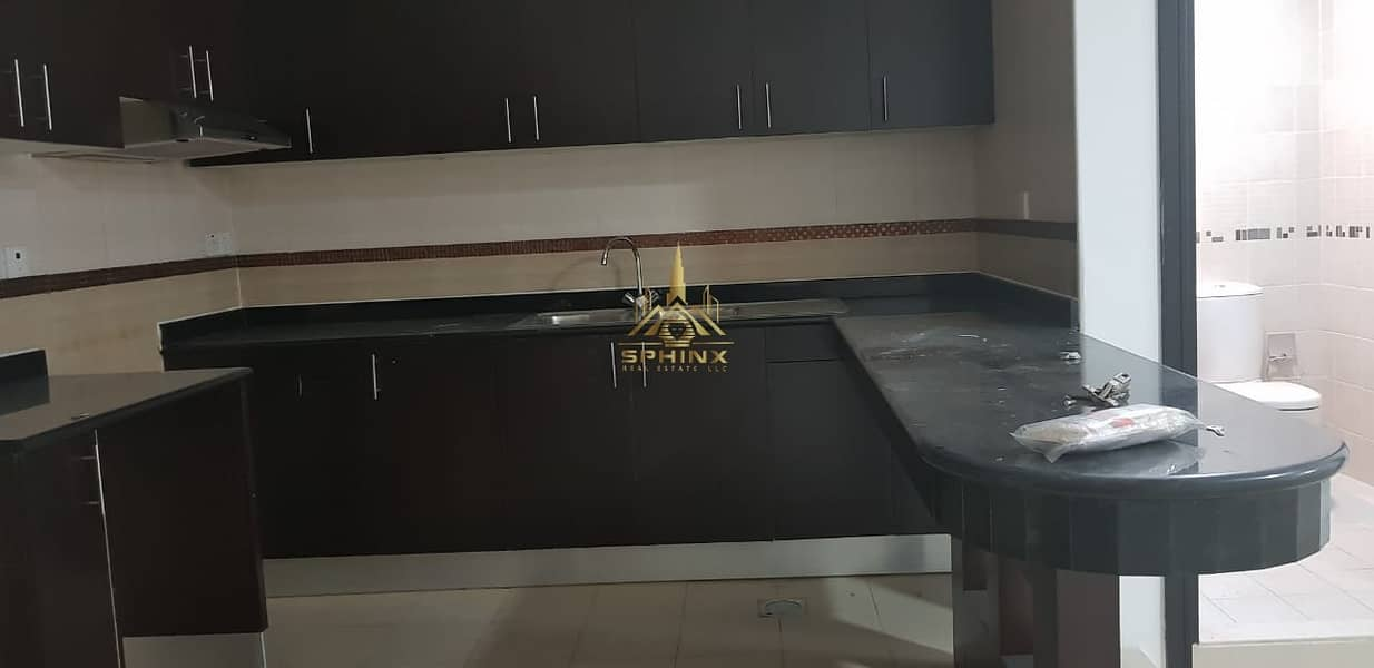 2 One bedroom close metro by 12 CHQ + one month free