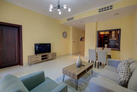 1 Bedroom Flat for Rent in Old Town, Dubai - Staggering One Bedroom Apartment in Yansoon 9 Downtown