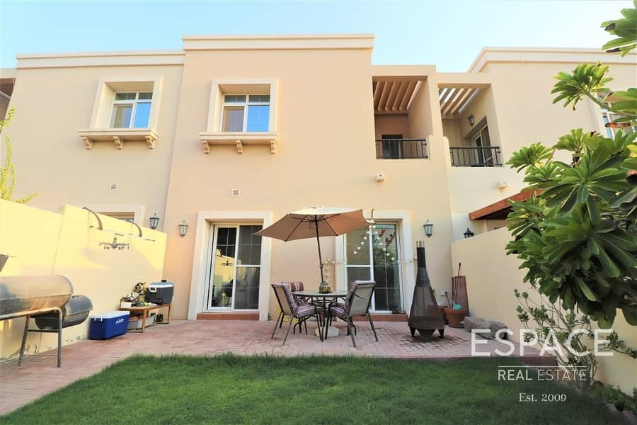 2 Vacant 4M   Opposite Pool and Park