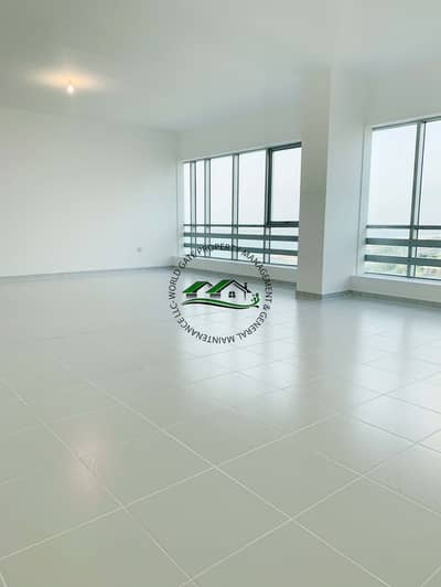 Tremendous 3br with beautiful sea view!