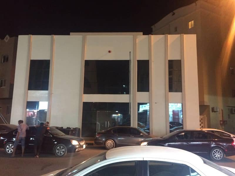 G+1 Commercial Building For Sale with 11% income