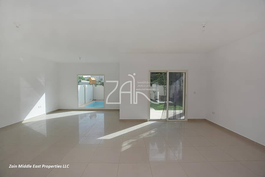2 Hot Deal! 5BR Villa with Private Pool and Garden