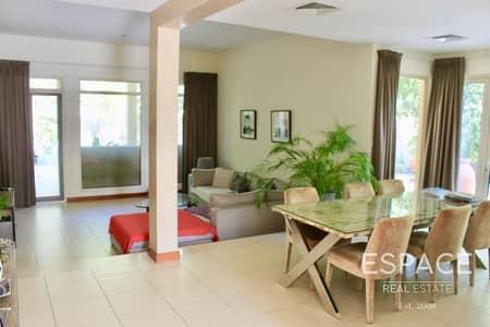 فیلا 3 غرف نوم للايجار في المرابع العربية، دبي - Stunning 3 Bedrooms with Fully Landscaped Garden with Pergola