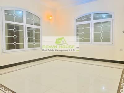 فلیٹ 1 غرفة نوم للايجار في مدينة محمد بن زايد، أبوظبي - Massive and very clean 1 bed apt with huge trace for rent close to mazyed mall