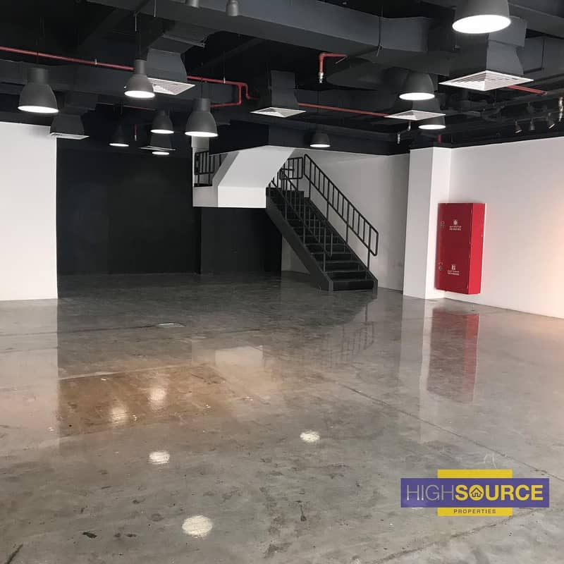Showroom Plus Warehouse on Prime Location at DIP.