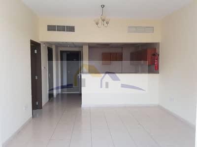 شقة 1 غرفة نوم للبيع في المدينة العالمية، دبي - شقة في الحي الإماراتي المدينة العالمية 1 غرف 345000 درهم - 4440988