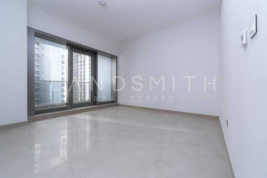 Luxury Unfurnished Studio Apartment   Move in ready