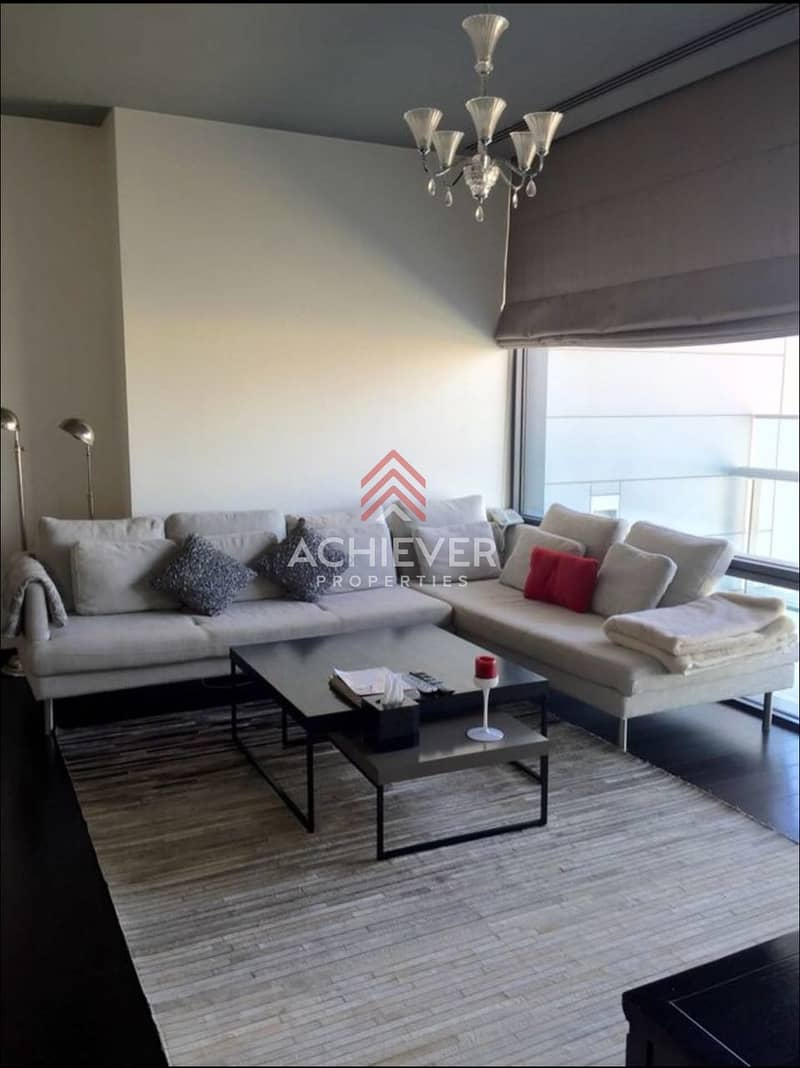 2 Bright 2 with Beautiful Decor | SZR view