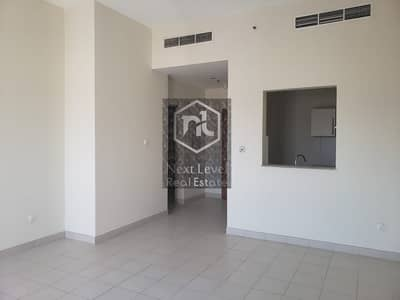 1 Bedroom Flat for Rent in Jumeirah Village Circle (JVC), Dubai -    Ground floor private garden   spacious with fitted kitchen   