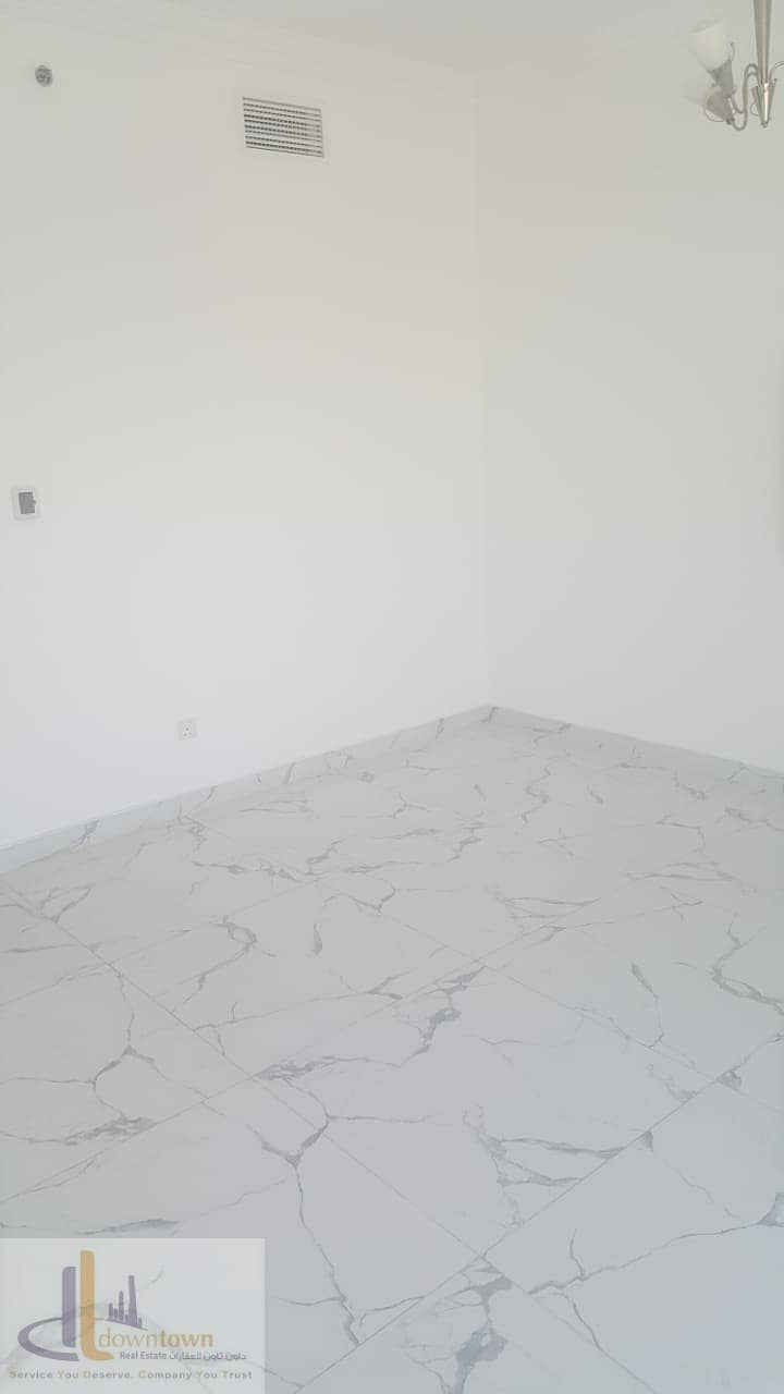 Last Flat 1BHK 841 sq. f in Oasis Tower 2*