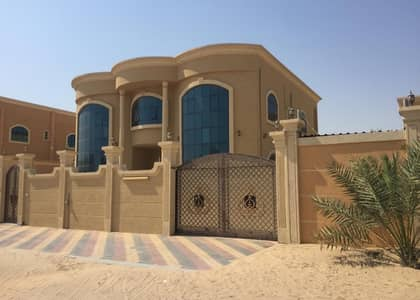 For Rent Villa two floors finishing high Jaddaa There is an extension in the villa The villa is next to the mosque Luxury villa close to services  Villa for rent the first inhabitant of Al Jurf Ajman   It is two floors  Consisting of 5- Master bedrooms w
