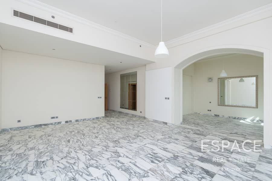 13 Al Hatimi Bldg 5 | Penthouse | Sea View