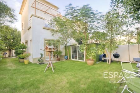 2 Bedroom Villa for Sale in The Springs, Dubai - Architecturally Upgraded and Extended 4E