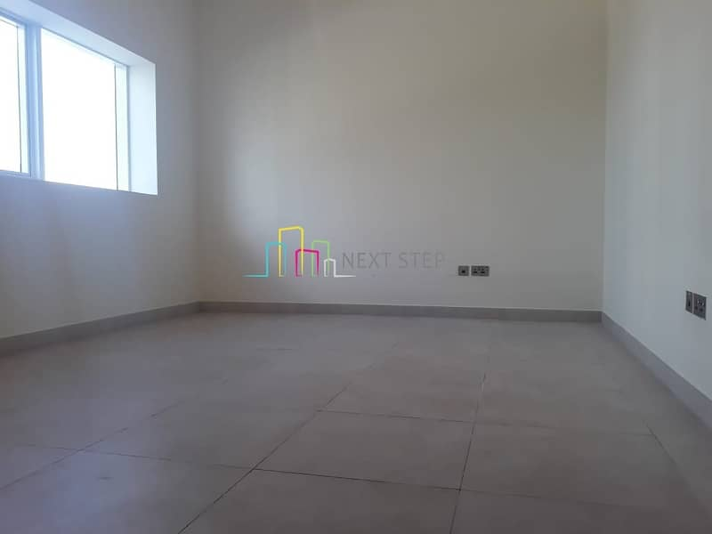 2 Hottest Offer!!! 1 Bedroom Hall with Wardrobes Near Tanker Mai