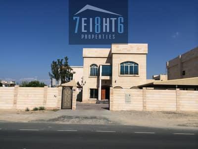 فیلا 5 غرف نوم للايجار في البرشاء، دبي - Beautifully presented: 5 b/r good quality independent villa with maids room + private s/pool + garden