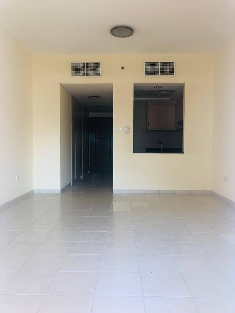 2 Discovery Garden Spacious and Affordable Studio for Rent