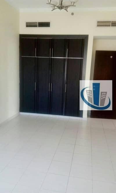 Prime Location 3 Bhk in Al Nahda For 65k