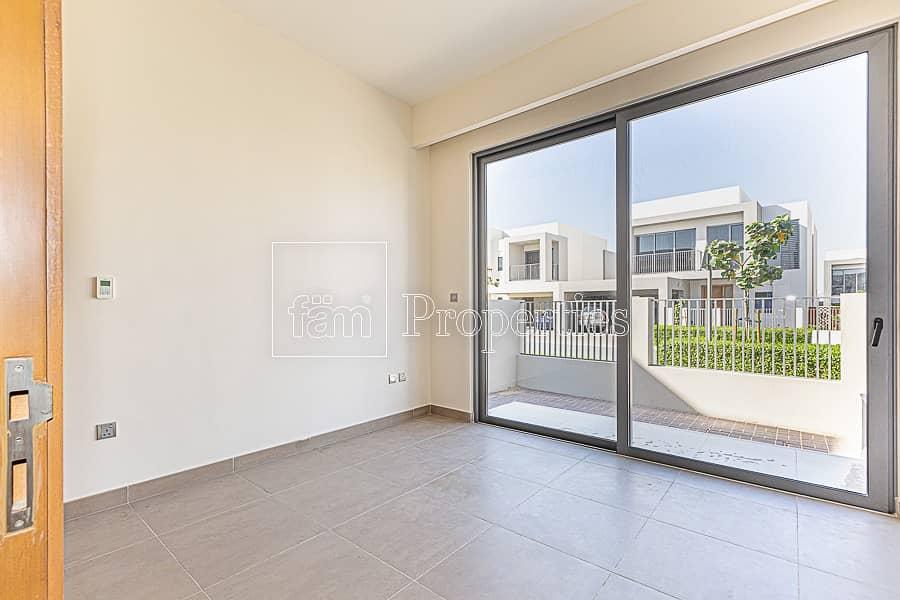 2 price dropped E3 4br corner villa sidra