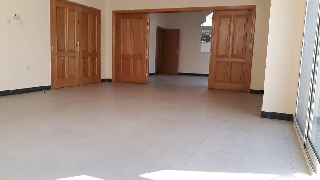 فیلا في جميرا 3 جميرا 5 غرف 185000 درهم - 4445496