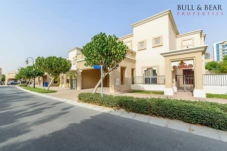 فیلا 5 غرف نوم للايجار في واحة دبي للسيليكون، دبي - فیلا في فلل السدر واحة دبي للسيليكون 5 غرف 185000 درهم - 4386480
