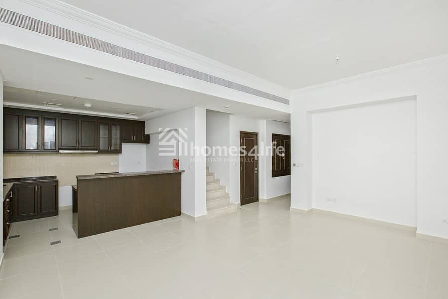 2 Modern And Stylish  | Convenient Location
