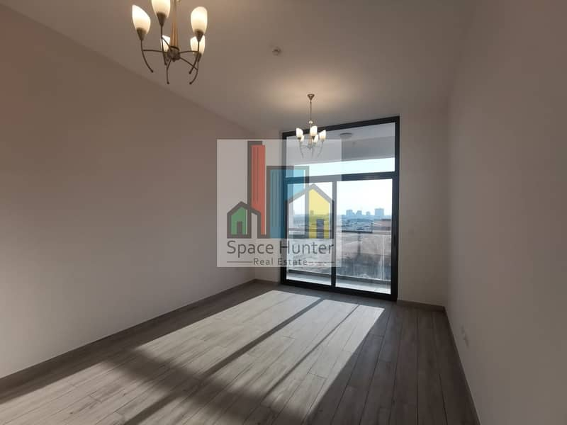 BRAND NEW!! Spacious 1 BR + L for rent in DSO