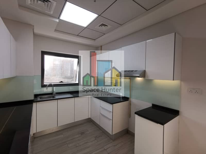 2 BRAND NEW!! Spacious 1 BR + L for rent in DSO