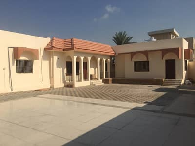 4 Bedroom Villa for Rent in Halwan Suburb, Sharjah - $$ 4 Bedroom Villa with car parking spaces  is available in Al Halwan area in an affordable rent.