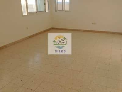 بنتهاوس 2 غرفة نوم للايجار في المشرف، أبوظبي - Big Penthouse near in British school