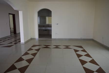 5 Bedroom Villa for Rent in Khalifa City A, Abu Dhabi - 5 BR Villa with back &Front yard in Khalifa A