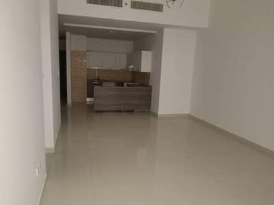 فلیٹ 1 غرفة نوم للايجار في مجمع دبي للاستثمار، دبي - HUGE size 1BR in well maintained BUILDING