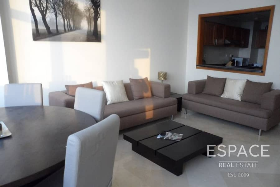 2 Large Apartment - 2 Bed - Sea View