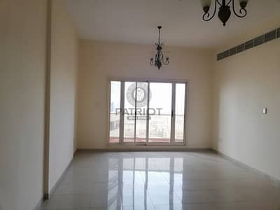 Bright 2bhk Apartment With Both Master Bedrooms Available Now