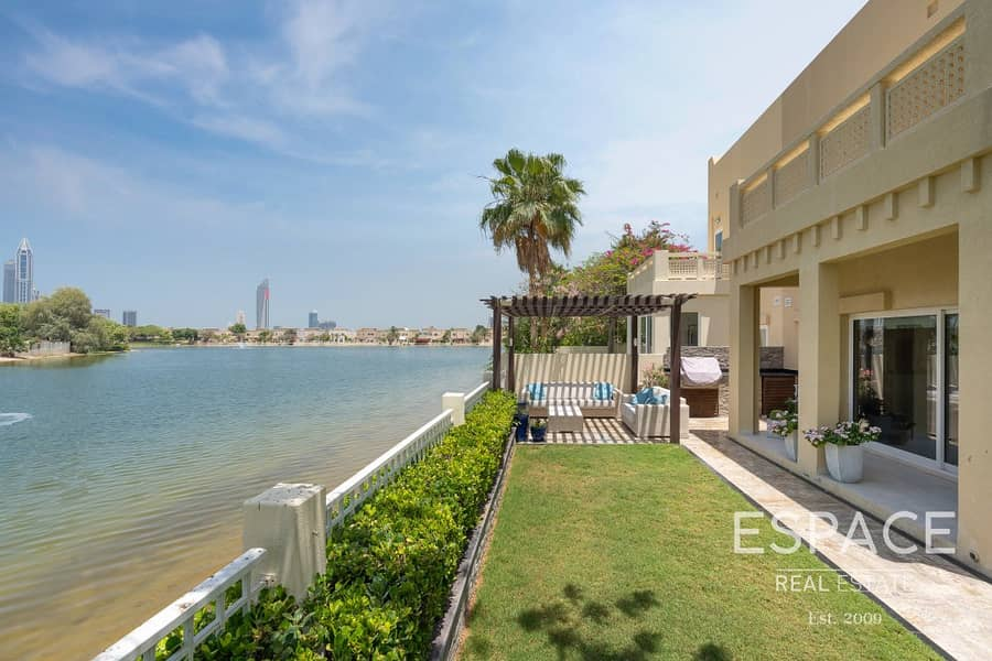 Fully Upgraded | Lake View | E End Villa