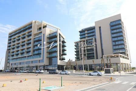 2 Bedroom Apartment for Sale in Saadiyat Island, Abu Dhabi - Hot Deal! Outstanding 2 BR in Soho Square