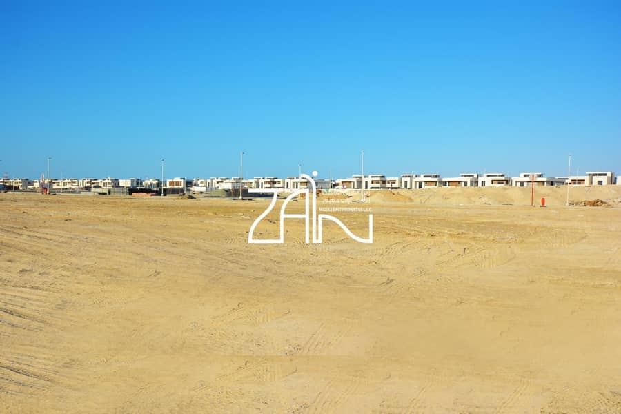 Lovely Standard Plot in West Yas Close to the Sea
