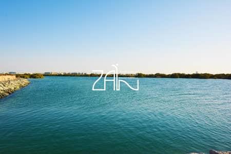 ارض سكنية  للبيع في جزيرة ياس، أبوظبي - Beachfront Premium Corner Plot in West Yas